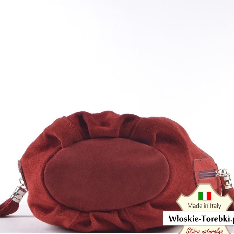 b725bf0f1961d ... Czerwona zamszowa torebka Saveria - piękny ciemny odcień ...