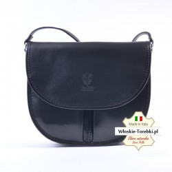 Czarna torebka listonoszka z klapką