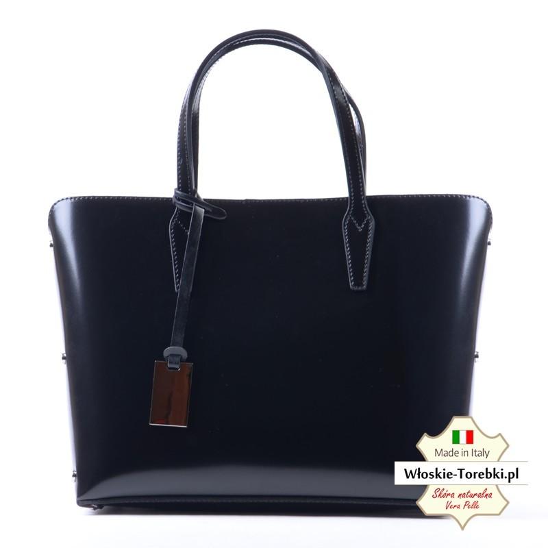 9368bb8cb1a59 Wytworna czarna lakierowana włoska torebka skórzana Giustina